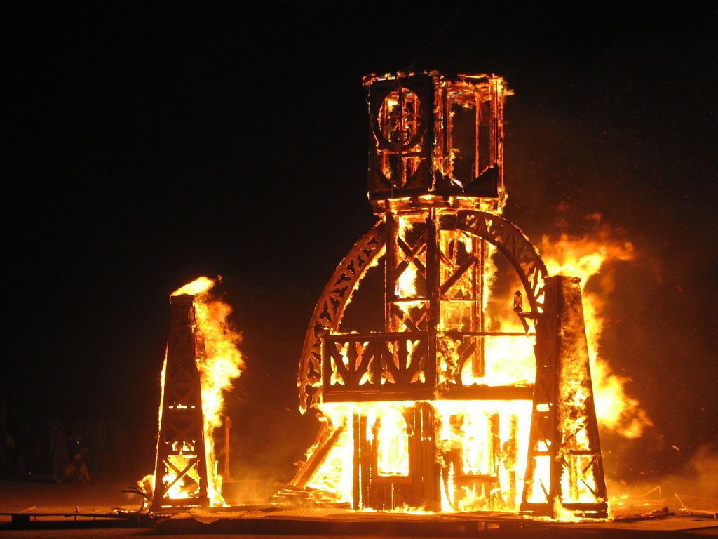 Patterns of Commoning: The Ten Principles of Burning Man
